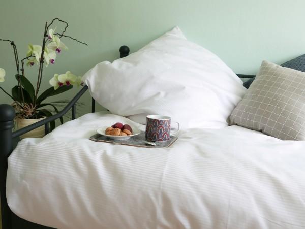 Hotelwaesche-Bettwaesche-Bettwaesche-Garnitur