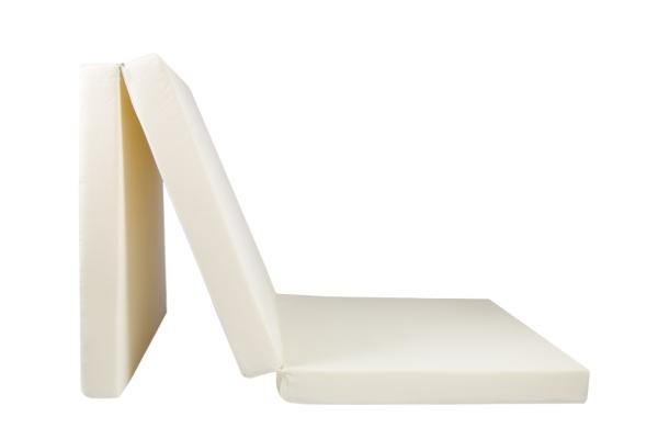Praktische 3-fach faltbare Klappmatratze aus 100% Polyurethan, Größe ca. 65x195 cm, verfügbar in fünf verschiedenen Farben (creme, türkis, rot, schwarz, anthrazit), Serie Club